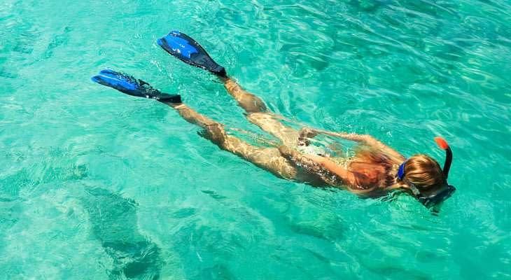 phuket-dagtrip-raya-island-snorkelen (1)