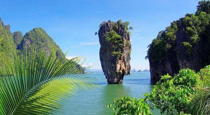 phuket-dagtrip-james-bond-eiland-rots