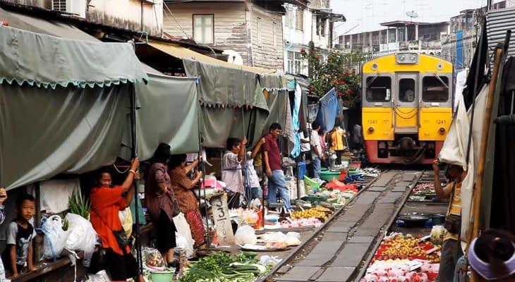 mae klong railway markt tour