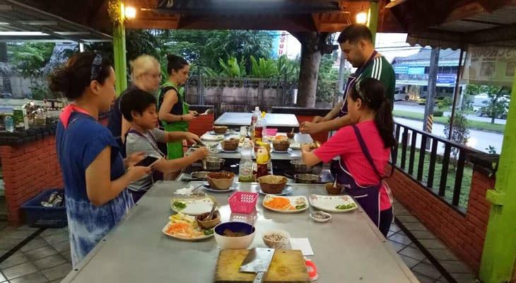 thai charm kookles krabi