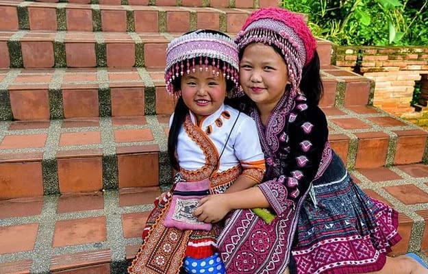 hmong stam en doi suthep tour