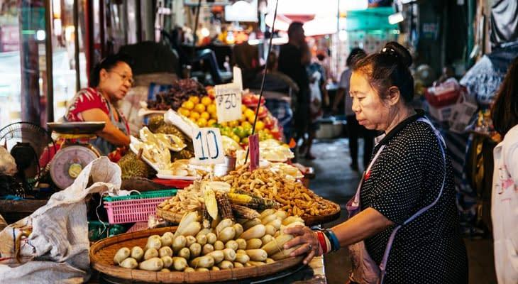 somphet markt chiang mai tour