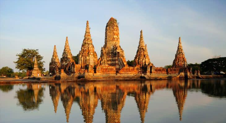 Wat Chaiwattanaram ayutthaya vanuit bangkok