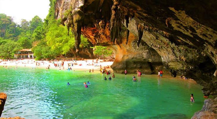 phranang grot en strand 4 eilanden tour krabi longtailboot